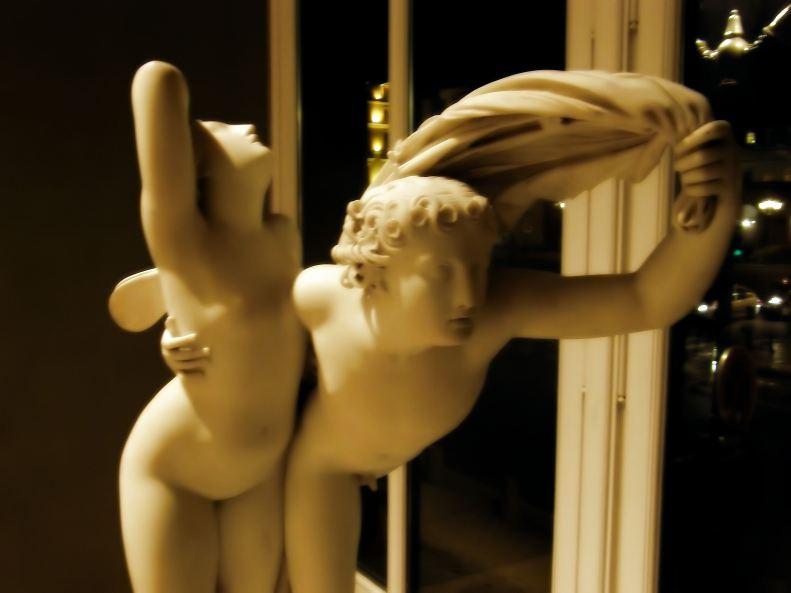 Henri-Jospeh RUTXHIEL - Zéphyr et Psyché / Zephyr and Psyche (Louvre Museum, Paris)
