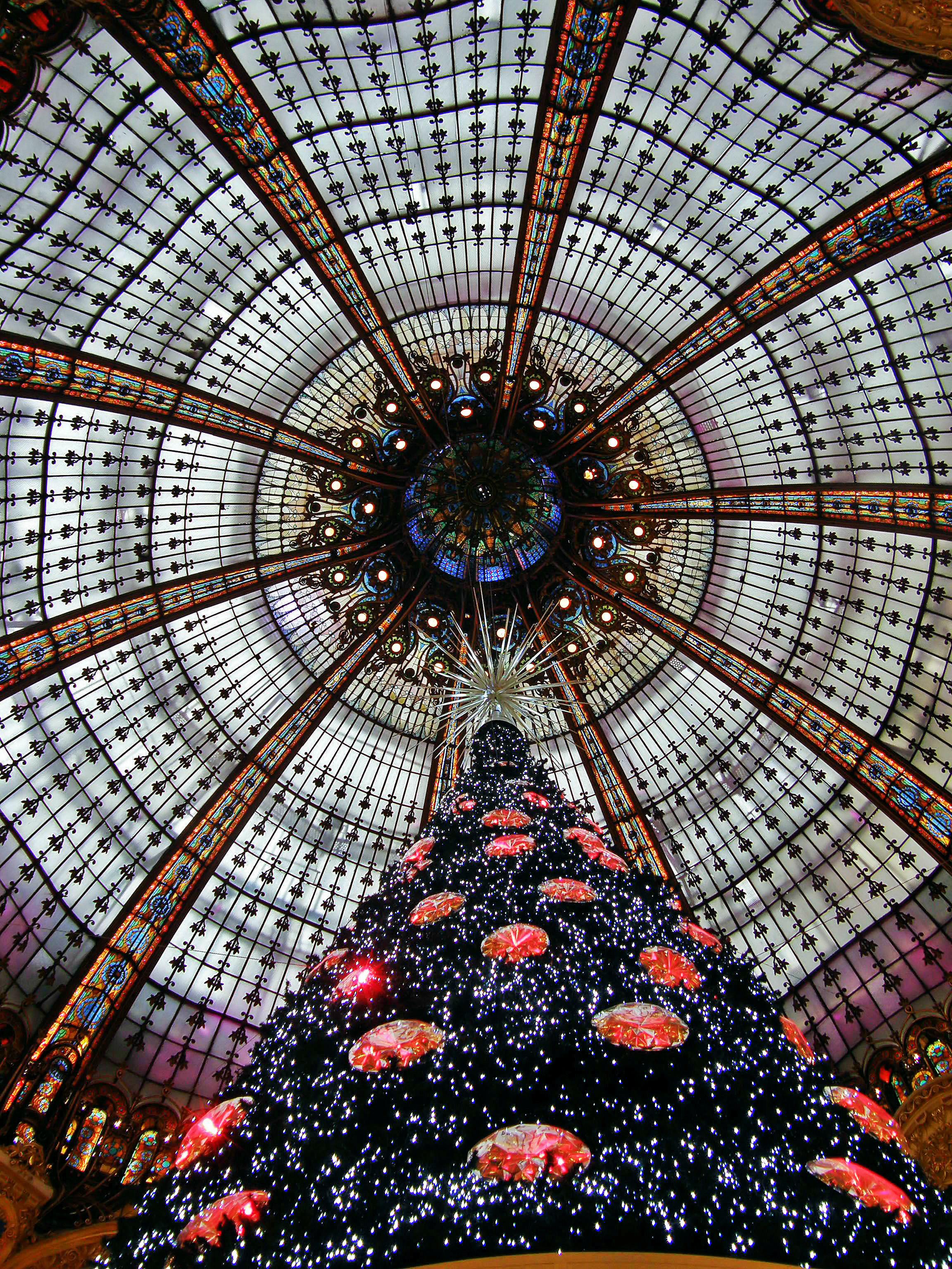 Heaven Noël (Christmas in Paris) | Paris Inspired