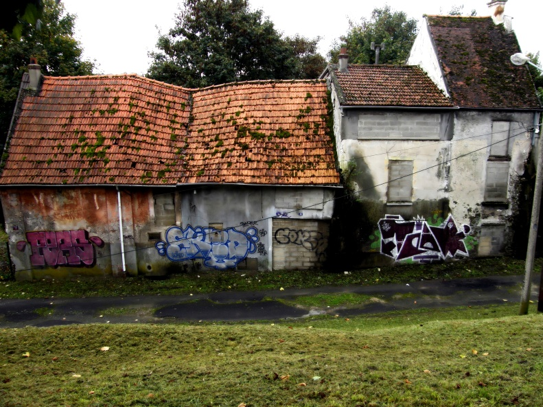 Goussanville vieux village 04 (Paris abdanoned ghost town Paris Paul Prescott)