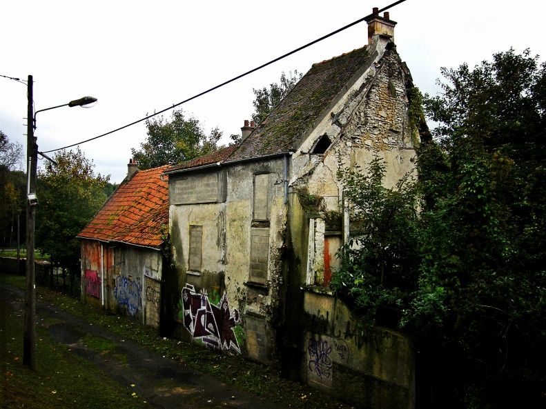 Goussanville vieux village 05 (Paris abdanoned ghost town Paris Paul Prescott)